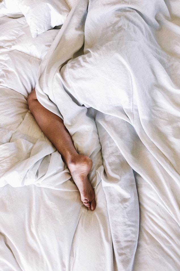 Habitudes de sommeil normales / Bonne nuit de sommeil – 10 Conseils EFFICACES pour se souvenir de ses RÊVES