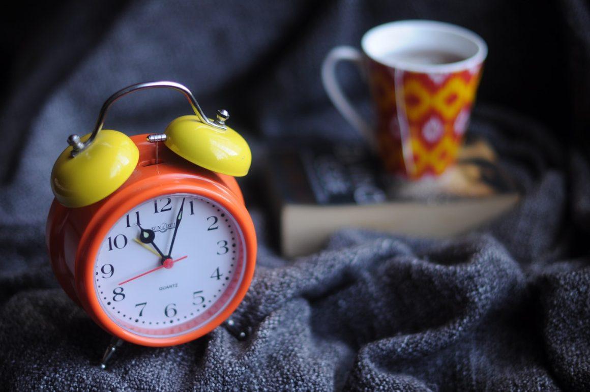 Réveil pendant la nuit – 10 Conseils EFFICACES pour se souvenir de ses RÊVES